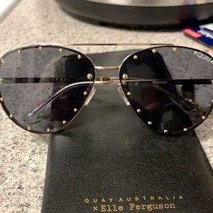 "Quay ""Jaclyn Hill"" Roxanne sunglasses"